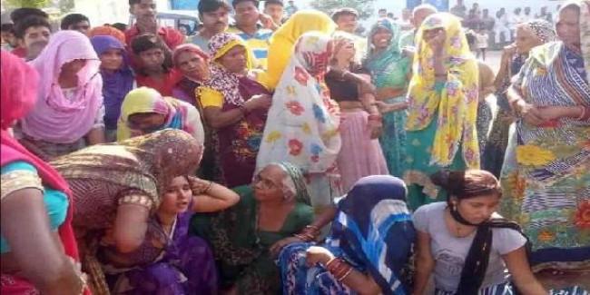 यूपी: कन्या भोज में आग से मासूम की मौत पर सीएम योगी ने डीएम-एसएसपी से 24 घंटे में मांगी जांच रिपोर्ट