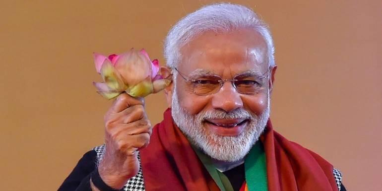 जनादेश मिलते ही पीएम मोदी और इन बीजेपी नेताओं ने हटाए 'चौकीदार'