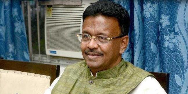 मुख्यमंत्री ममता बनर्जी के मंत्री का बयान- यूपी-बिहार व झारखंड के असामाजिक तत्व आकर फैला रहे हैं पश्चिम बंगाल में हिंसा