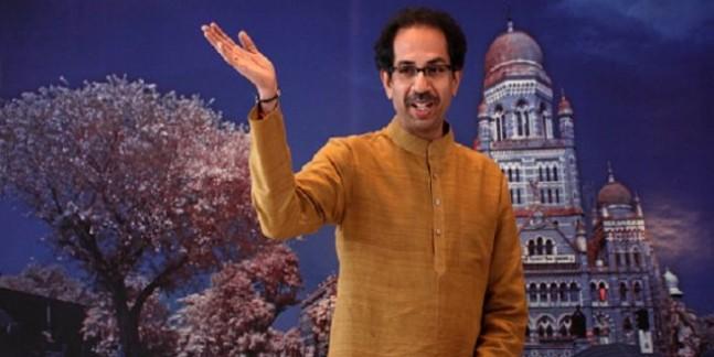 कर्नाटक के सियासी नाटक में शिवसेना की एंट्री, बीजेपी से कहा- तोड़फोड़ की राजनीति पर राष्ट्रीय नीति हो