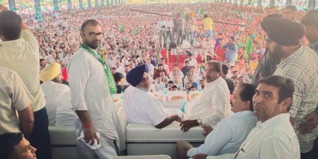 ऐलनाबाद हल्के में अभय चौटाला ने की रैली, रिकॉर्डतोड़ मतों से जीत का किया दावा