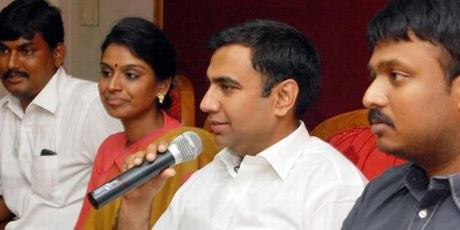Power Cut Mars Madhya Pradesh Energy Minister's Presser on Dept's Achievements, Shivraj Takes a Dig