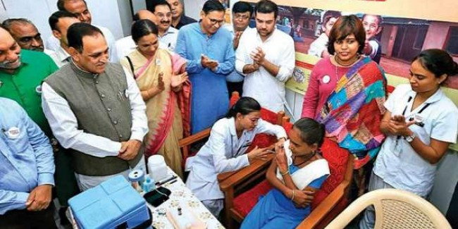 देश की स्वास्थ्य रैंकिंग में पिछड़ा गुजरात, 62% अंक ही मिले, CM रुपाणी अधिकारियों से खफा हुए
