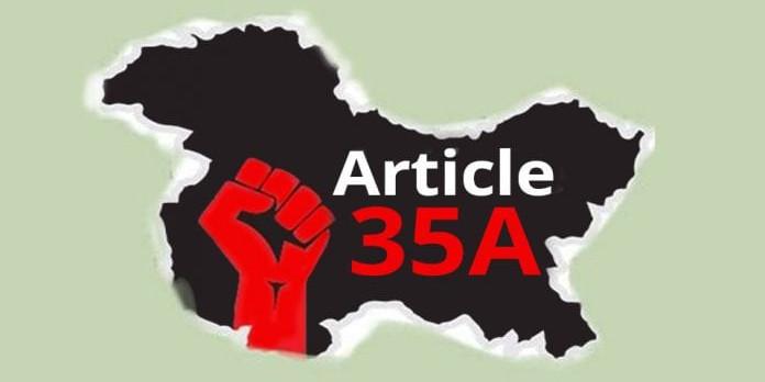 जम्मू-कश्मीर से हटाया गया आर्टिकल 35A, जानें घाटी में इससे क्या बदलेगा?