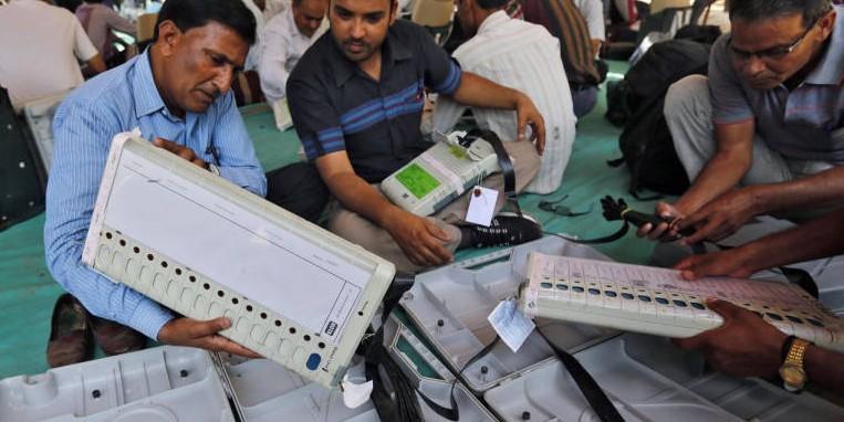 चर्चा एग्जिट पोल की और नजर चुनाव परिणाम की ओर