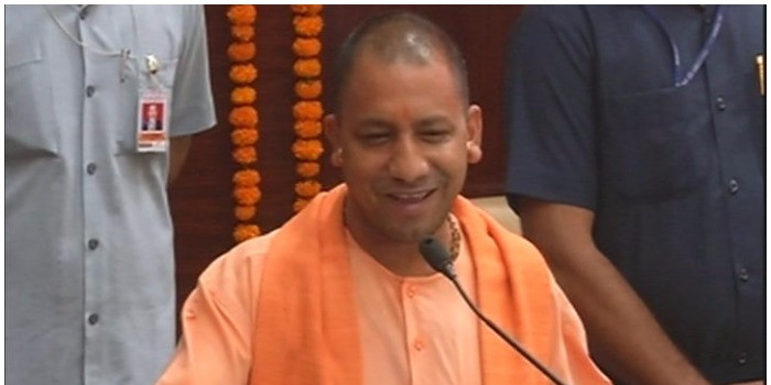 कांग्रेस के गढ़ में आज गरजेंगे CM योगी, प्रियंका गांधी भी रायबरेली दौरे पर