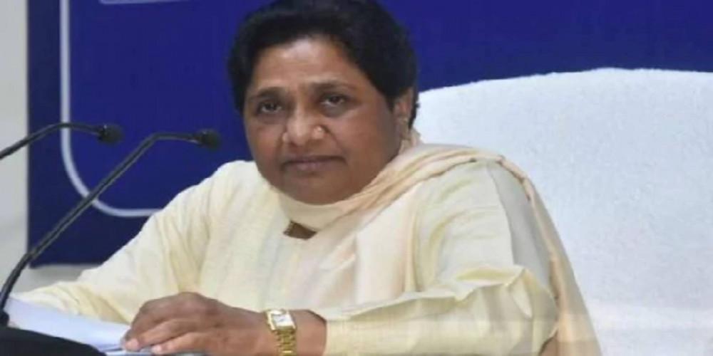 राजस्थान में मिले झटके से खफा मायावती ने कहा- कांग्रेस की नीति दोगली
