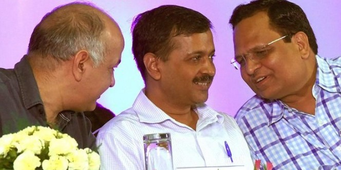 License to spy? Arvind Kejriwal puts national security at risk, hires US-blacklisted firm to install CCTVs