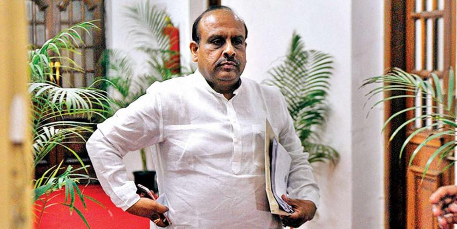 दिल्ली विधानसभा स्पीकर के फैसले को रद्द करने की मांग