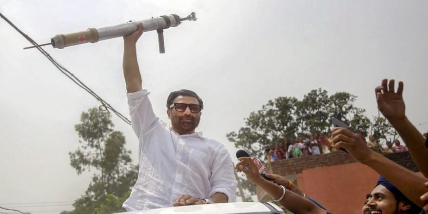 सनी देओल के सपोर्ट में चल रहे Fb पेज के खिलाफ शिकायत पर चुनाव आयोग ने की यह कार्रवाई