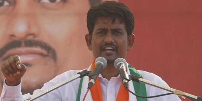 Gujarat OBC leader Alpesh Thakor quits Congress amid rumours of him joining BJP