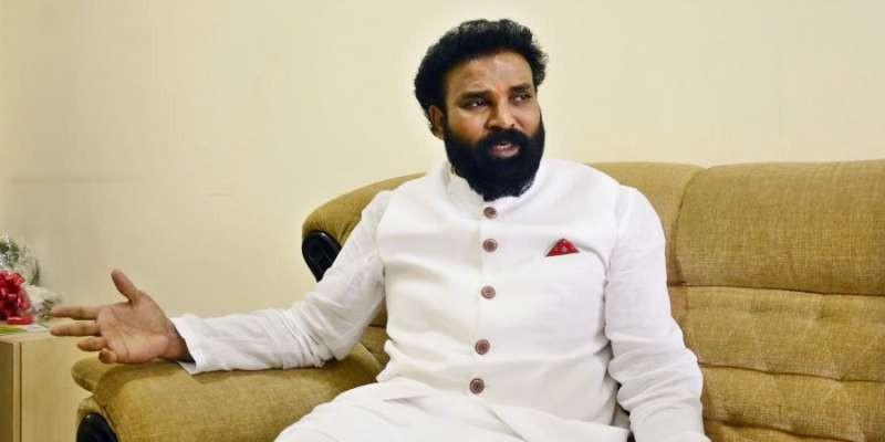 Give deputy CM's post to Sriramulu: Ballari MLA G Somashekar Reddy