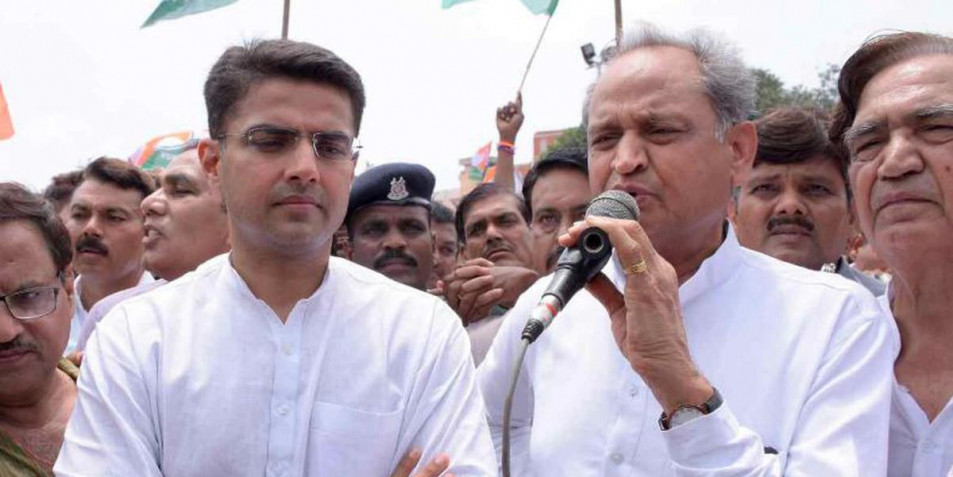 Gehlot plays down law- -order statement by Pilot