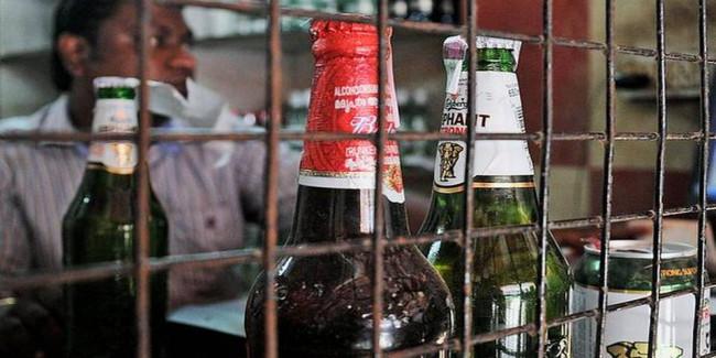 Women want CM to start liquor ban from Sri City