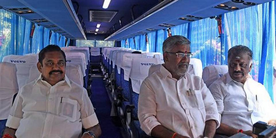 Palaniswami flags off 500 buses, inaugurates schemes