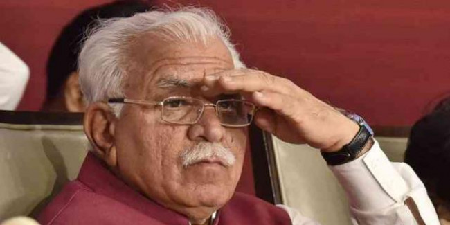 CM Khattar got furious on dirt, fined 25 lakh on garbage company