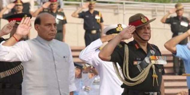 Kargil Vijay Diwas: जम्मू-कश्मीर के कारगिल, द्रास में आज युद्ध स्मारक पर नायकों को श्रद्धाजंलि देंगे रक्षामंत्री राजनाथ सिंह