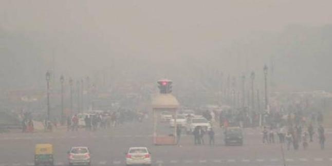 दिल्ली में हवा फिर ज़हरीली, AQI 200 के पार