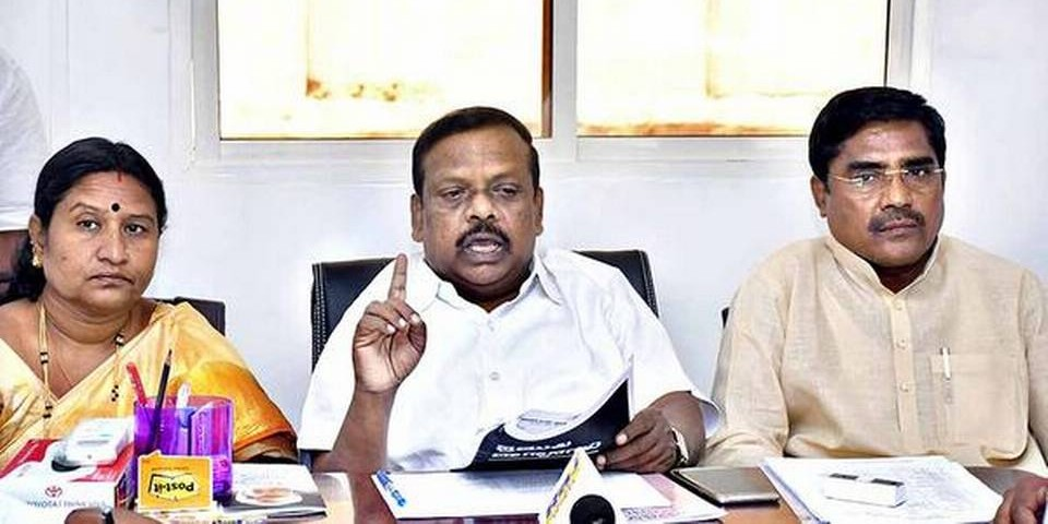 Kharge becoming PM cannot be ruled out, says L. Hanumanthaiah