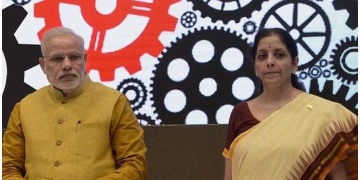 प्रधानमंत्री ने वित्तमंत्री, अधिकारियों के साथ की अर्थव्यवस्था की समीक्षा