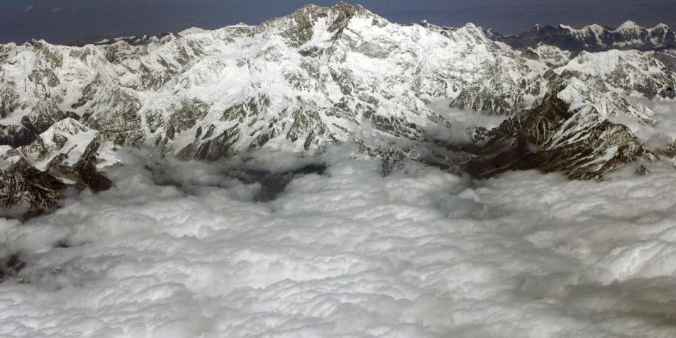 Top mountaineering authority to deny permits to climb Kanchenjunga as Sikkim protests lifting ban