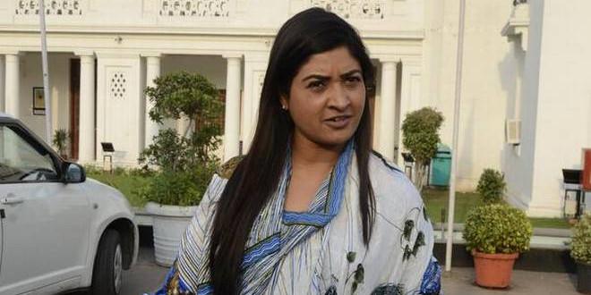 केजरीवाल को झटका : कांग्रेस ज्वाइन कर सकती हैं AAP विधायक अलका, सोनिया से की मुलाकात