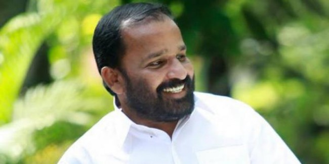 No bouquet or ponnada, give me books: MP