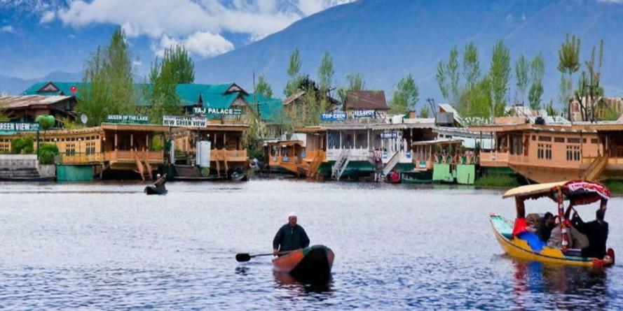 अनुच्छेद 370 के बावजूद कई राज्यों से ज़्यादा विकसित है कश्मीर