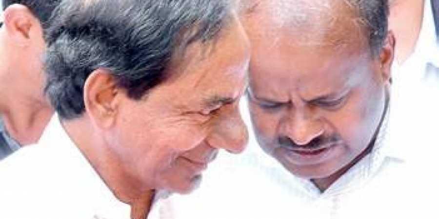 K Chandrashekhar Rao leans towards Congress, wants JDS to broker deal