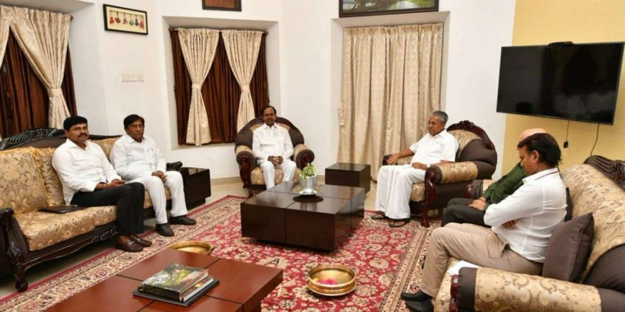 Discussed national politics, role of regional parties with KCR, not the PM candidate: Pinarayi Vijayan