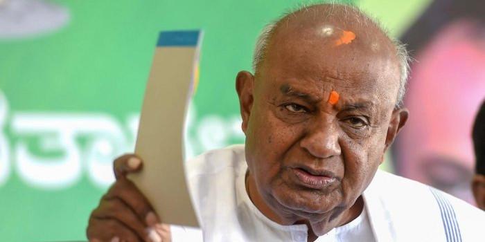 Former PM HD Deve Gowda Reach Out to Dissatisfied Legislators