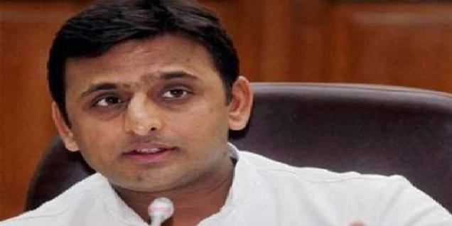अखिलेश की बीजेपी सरकार व अफसरों को चेतावनी- सपा सरकार आने पर होगी पुष्पेंद्र एनकाउंटर की जांच