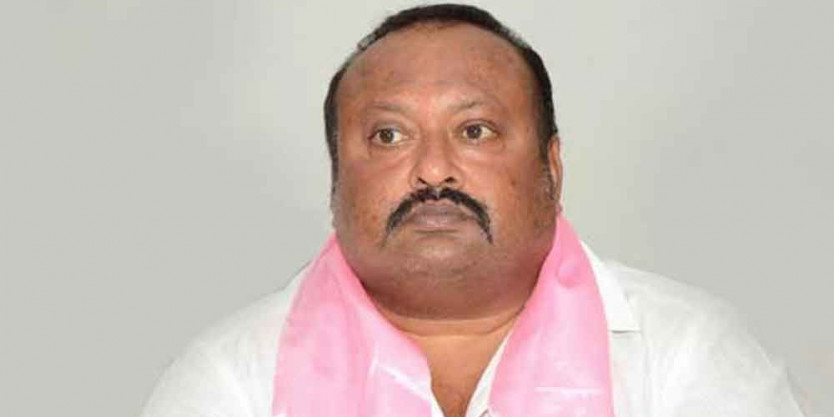 Govt. to purchase farmers paddy without fail: Gangula Kamalakar