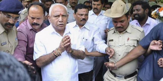 Karnataka's rebel MLAs in no hurry to return home