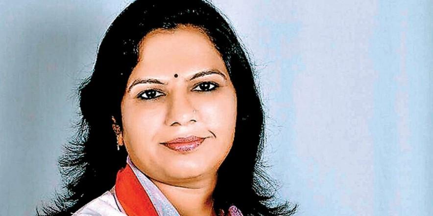 Narayan Lallubhai Patel's reign ends in Unjha APMC, Asha Patel bags 10 seats