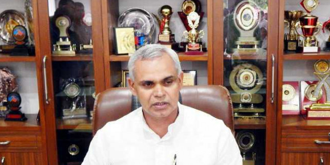 Plant fruit trees in forests: Guv