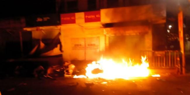 CPM पोलिंग एजेंट के घर में लगाई आग, चुनाव के बाद भी जारी बंगाल में हिंसा