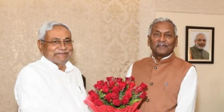 राज्यपाल से मुख्यमंत्री नीतीश कुमार ने की शिष्टाचार मुलाकात