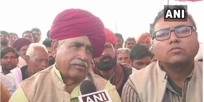 राजस्थान में गुर्जर आंदोलन चौथे दिन भी जारी, झुकने को तैयार नहीं बैंसला, कई ट्रेनें रद्द