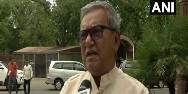 BJP सांसद का बिहार सरकार पर तंज, कहा- लालू और नीतीश राज में कोई फर्क नहीं है