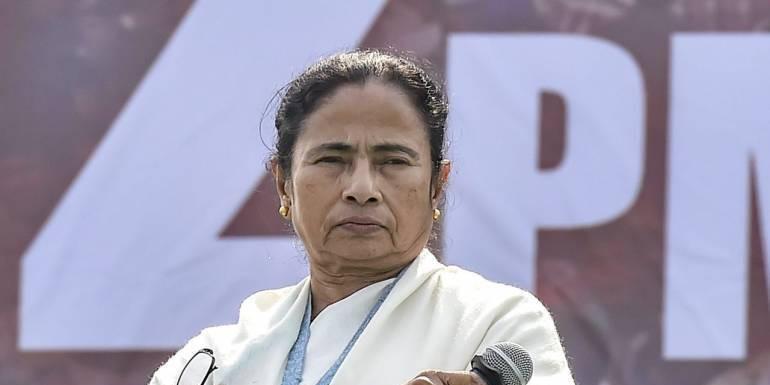Kolkata: Day after TMCP members 'assaulted' professor, Mamata Banerjee calls him; 2 held