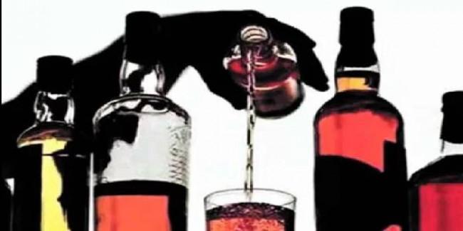 योगी कैबिनेट का फैसला: बोतल पर बार कोड लगाकर रोकेंगे नकली शराब की बिक्री