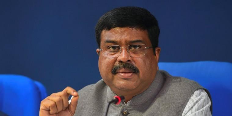 पूर्व आर्मी अफसर का आरोप, केंद्रीय मंत्री धर्मेंद्र प्रधान ने गालियां दीं, जबरन इस्तीफ़ा लिया
