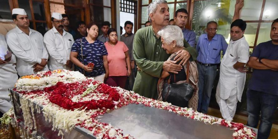 शीला दीक्षित को आज दी जाएगी अंतिम सलामी, दिल्ली में कांग्रेस का झंडा आधा झुका