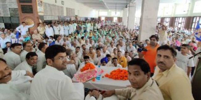 भाजपा को 75 पार नहीं, सत्ता से बाहर करेगा कमेरा वर्ग : दुष्यंत