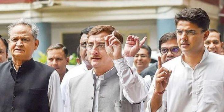 कांग्रेस के विधि विभाग के प्रमुख विवेक तन्खा ने दिया इस्तीफा, जानें क्यों?