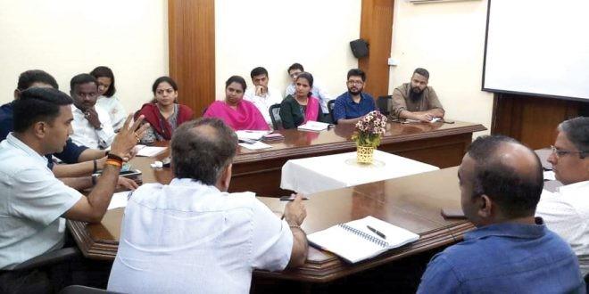 Develop returned SEZ land as industrial clusters: Vishwajit