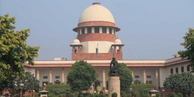 हज टूर ऑपरेटर्स की याचिका पर SC ने मोदी सरकार से मांगा जवाब, सोमवार को सुनवाई