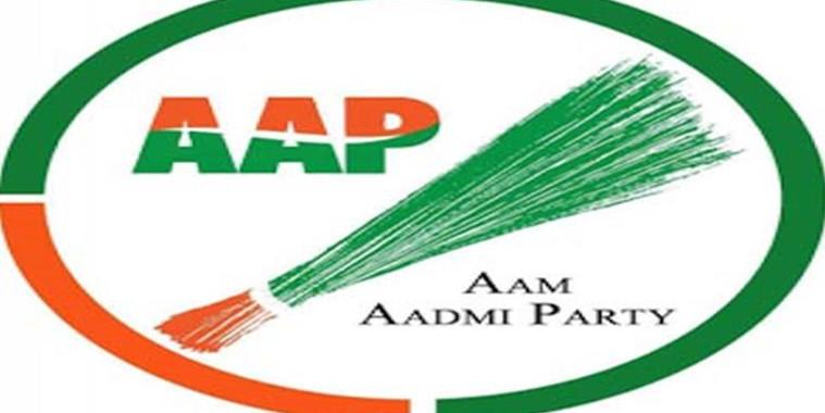 दिल्ली में कांग्रेस-बीएसपी को झटका, कई नेताओं ने थामा 'आप' का दामन