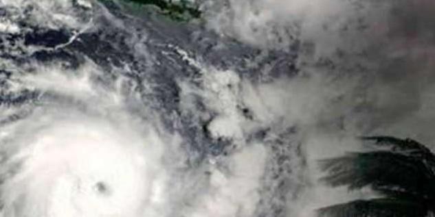 गुजरात की तरफ बढ़ रहा चक्रवाती तूफान 'वायु', 135 किमी की होगी रफ्तार; मानसून पर भी असर